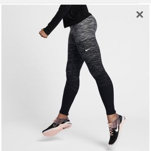 Nike Pro Hyperwarm Tights - Black/Grey - Large